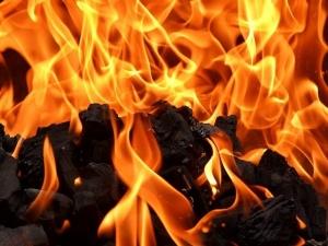 В Урене пожар в жилом доме унес жизни двоих человек