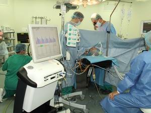 Нижегородские кардиологи начали контролировать результаты операций во время их проведения
