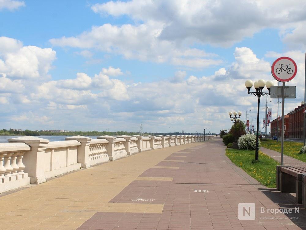 Остановку транспорта на Нижне-Волжской набережной и Гребном канале ограничили из-за коронавируса - фото 1