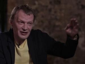 Серебряков прокомментировал скандальное интервью о наглости и хамстве россиян