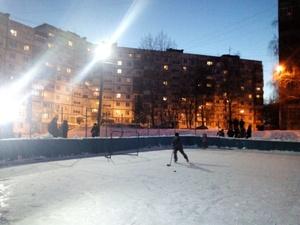 В Советском районе отремонтируют спортплощадку с 30-летней историей