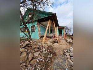 Подрядчик забросил ремонт в медпункте в поселке Горбатовка