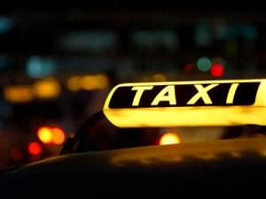 Таксиста жестоко зарезали в Автозаводском районе
