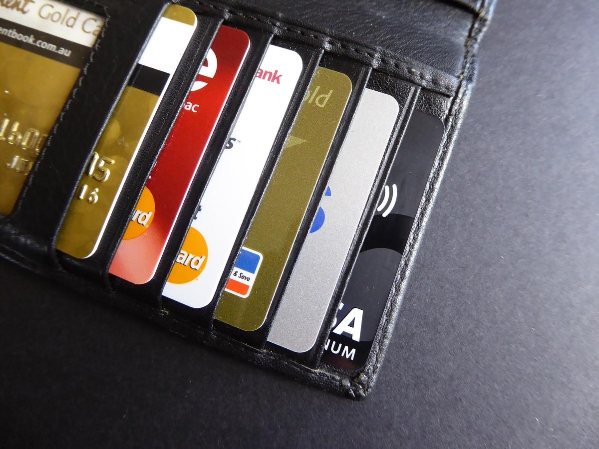 Более 1,5 миллионов рублей за сутки мошенники похитили с банковских карт нижегородцев - фото 1