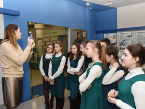 Учащимся Арзамасской православной гимназии помогали определиться с профессией на заводе АПЗ