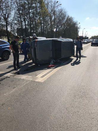 «Лада» оказалась на боку после встречи с иномаркой на Казанском шоссе - фото 2