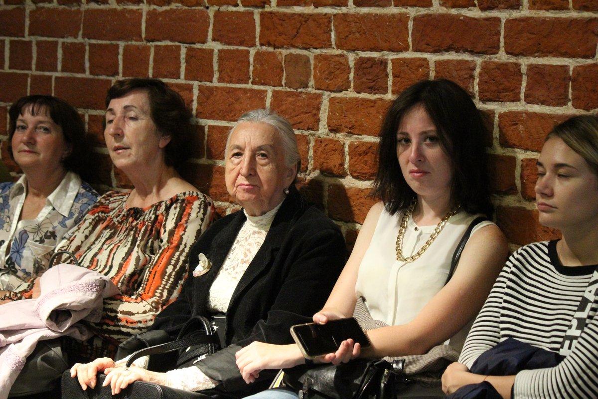 Смертельные горки и платье с мозгом: три новые выставки открылись в нижегородском «Арсенале» в честь его 22-летия - фото 9