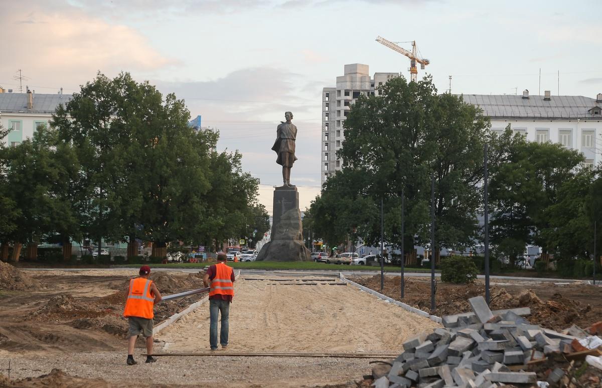 Благоустройство площади Горького идет с отставанием от графика - фото 1