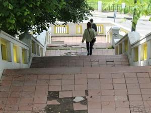 Театральную лестницу в Нижнем Новгороде отремонтируют почти за миллион рублей