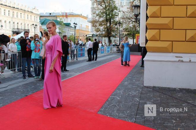 Подземный кинотеатр и 30 тысяч зрителей: V «Горький fest» завершился в Нижнем Новгороде - фото 12